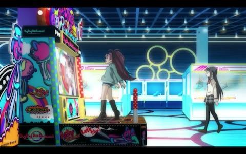 (Kyōko plays Dance Dance Revolution)